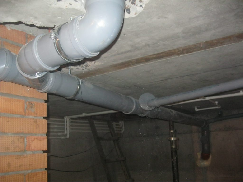 Вентиляция погреба с двумя трубами, вентиляция подвала в доме