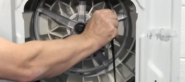 Что делать, если слетел ремень в стиральной машине