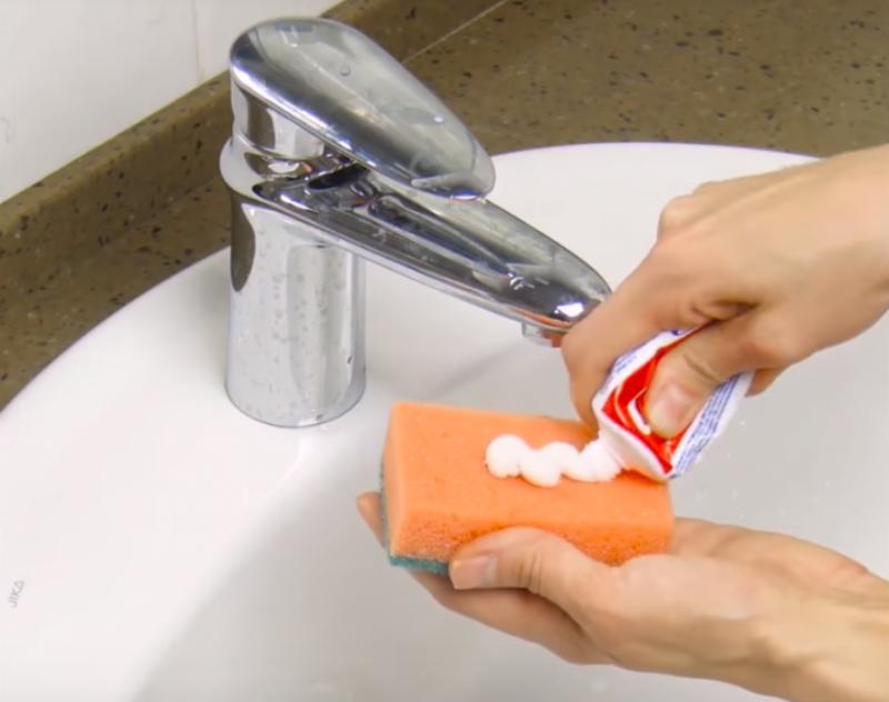 Как в домашних условиях очистить ванну до бела