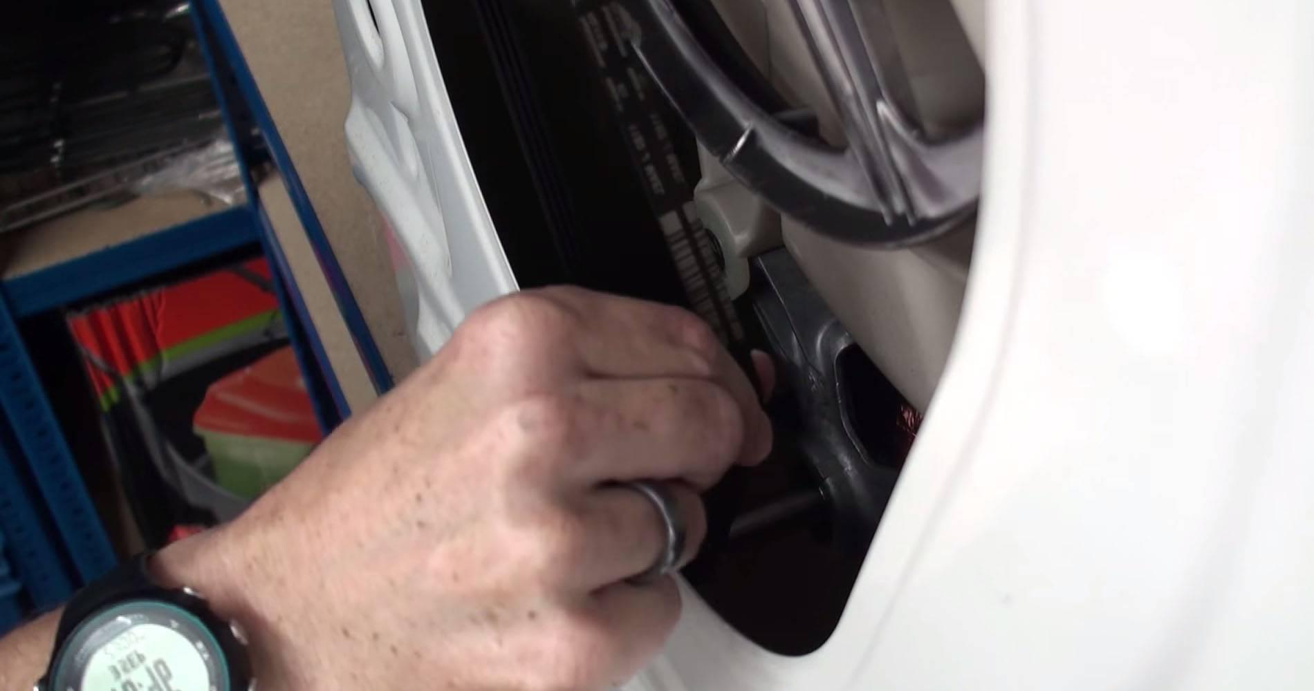 Амортизаторы стиральной машины: как снять, поменять и починить своими руками