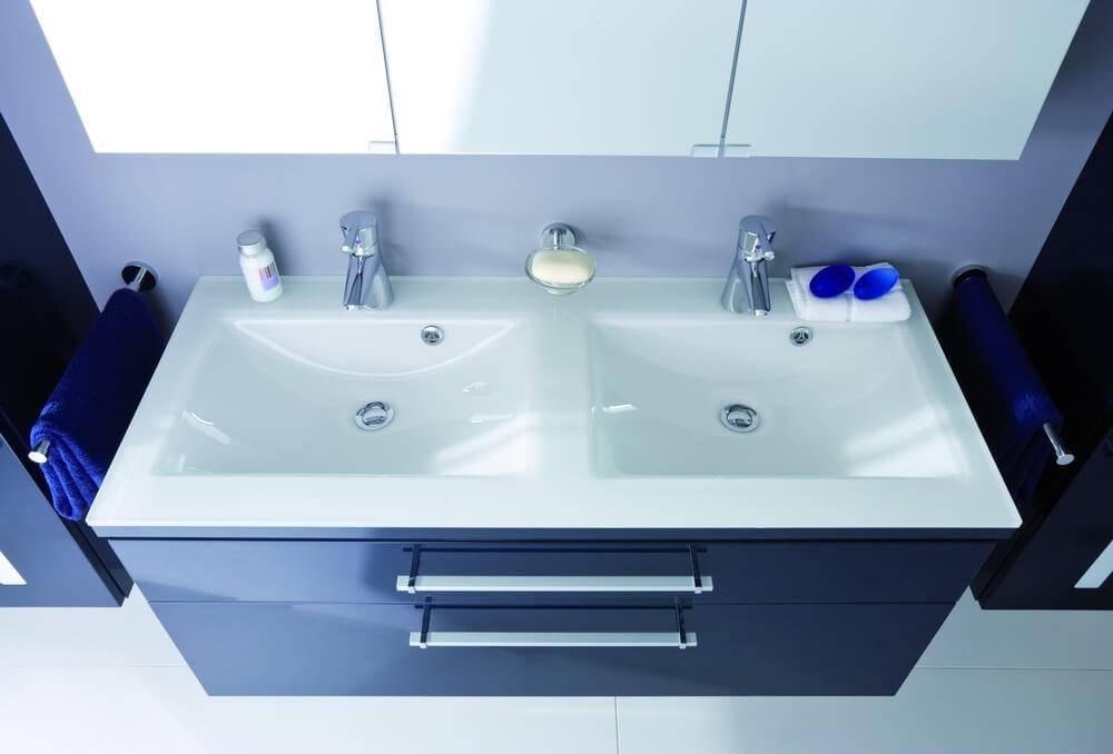 Двойная раковина для ванной — преимущества и виды
