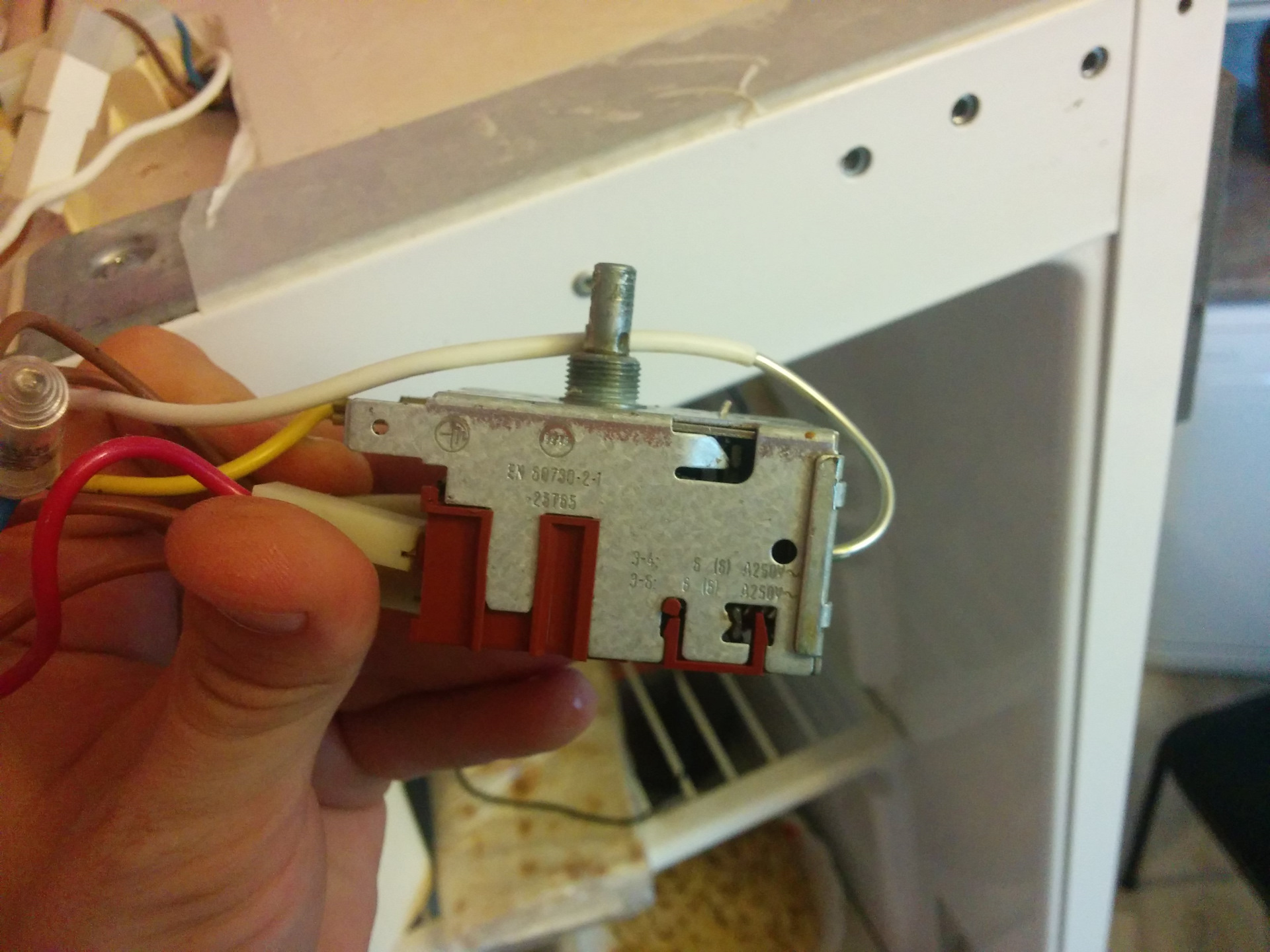 Устраняем 10 типичных неисправностей холодильников своими руками