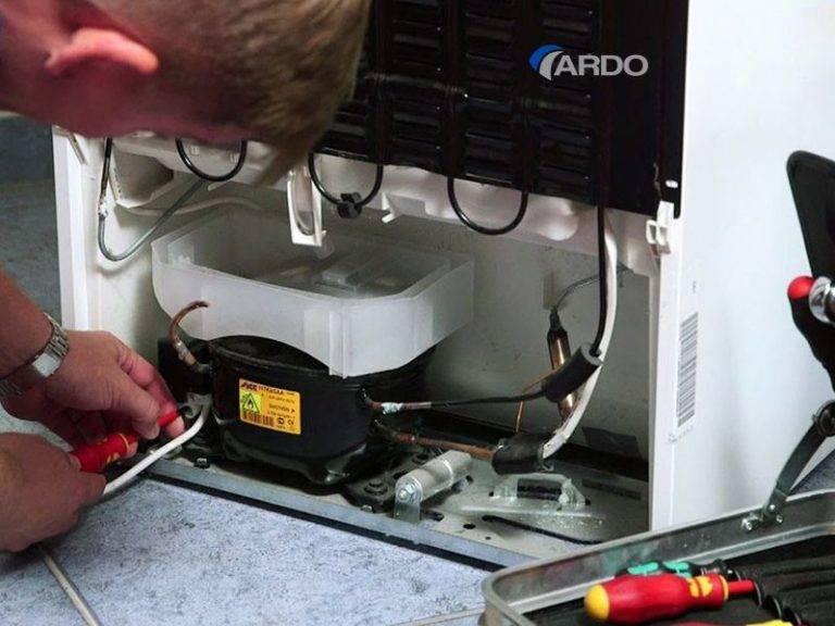 Как отремонтировать холодильник своими руками: частые поломки и способы их устранения