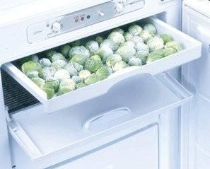 Нижний ящик холодильника предназначен совсем не для овощей: что же в него класть